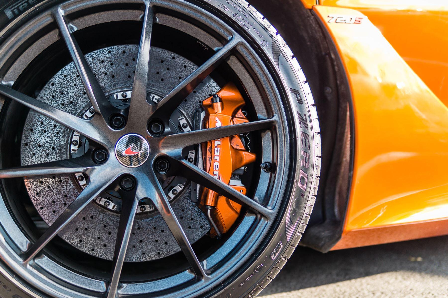 McLaren 720S V8 2dr SSG PERFORMANCE image 24